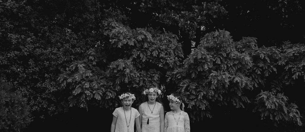 wedding-photography-black-and-white-flower-girls-togehter.jpg