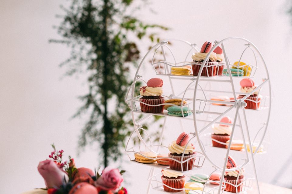 cupcakeferriswheel.jpg
