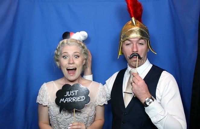 All Star Photobooths & DJs -