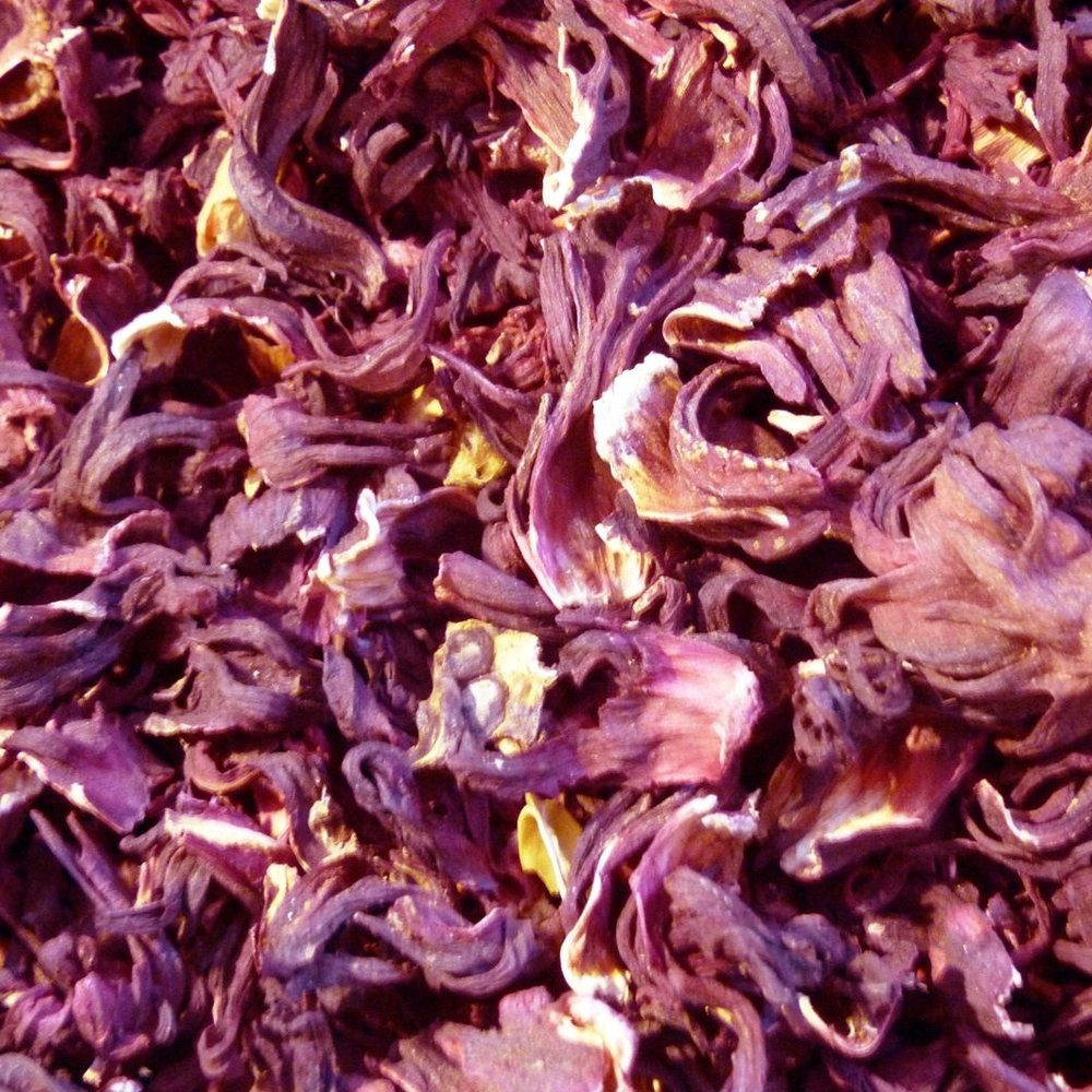 BIODYNAMIC  : Biodynamic Hibiscus Extract  Rich in anthocyanins (flavonoides), organic acids, carbohydrates and vitamins. It is a powerful antioxidant and protects the hair from free radicals and external aggressions, strengthening hair structure