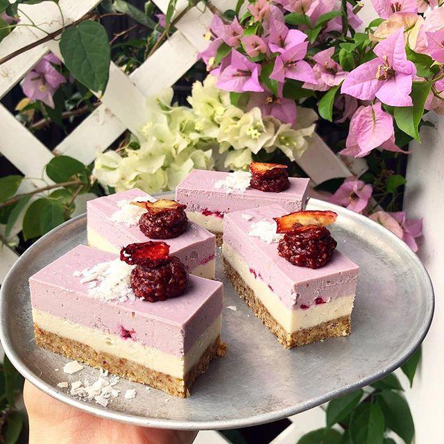Introducing white chocolate and raspberry rose. 🤤💕 #vegan #glutenfree #dairyfree #soyfree #raw #rawdesserts