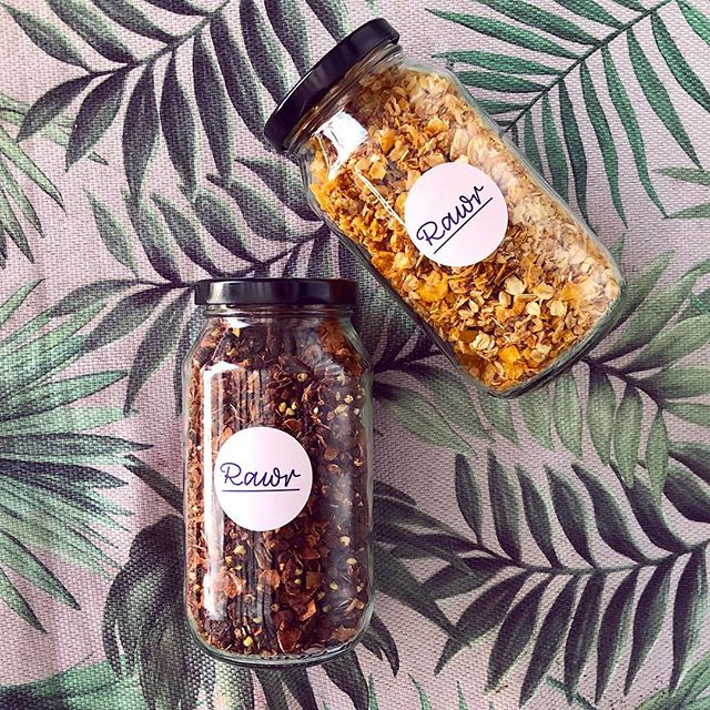 Vegan granola 🤤 Available in gluten free!