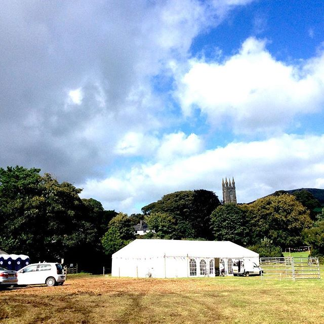 Set to be a sunny (mostly!) day tomorrow for #widecombefair - look forward to seeing you there! #devon #dartmoor #countryliving #happydays