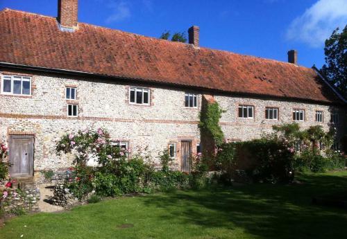Cartshd-Cottages-facade-500x345.jpg