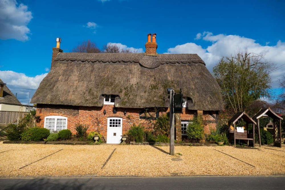 Thatched-Cottage-Front-1024x683.jpg