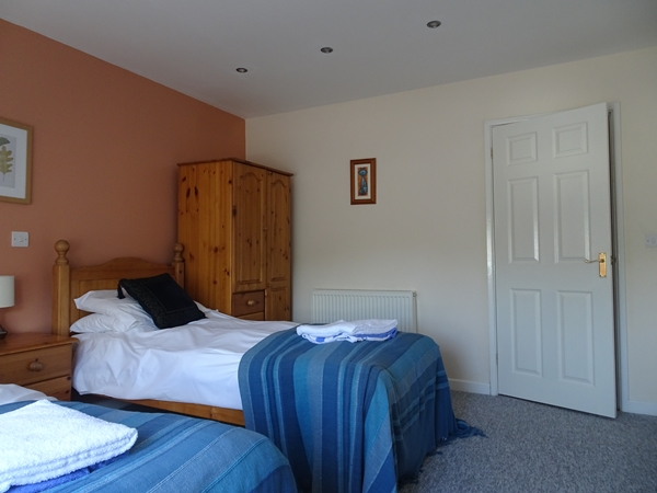 stonehenge-twin-bedroom.JPG