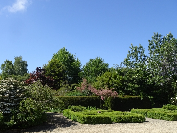 entrance-to-secret-garden.JPG