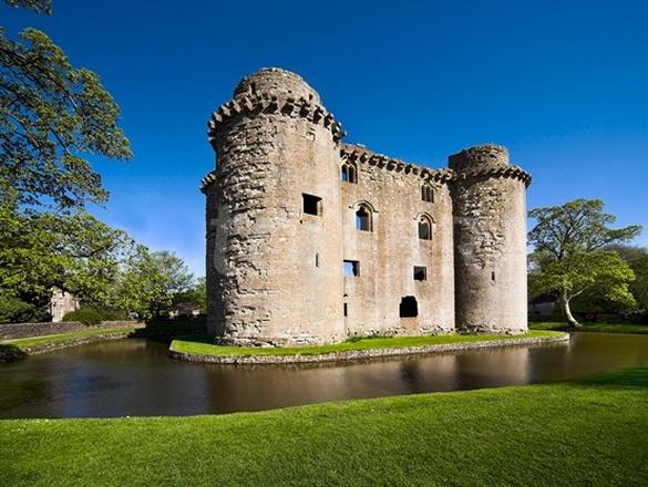 nunney-castle.jpg