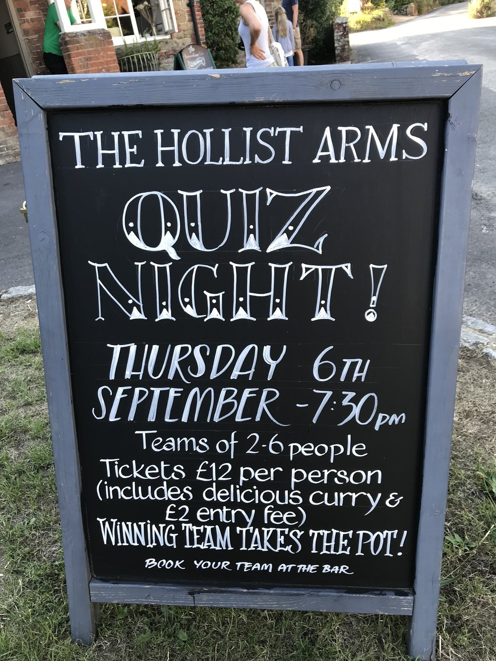 Pub Quiz Chalk Board 6th Sept 2018.jpg