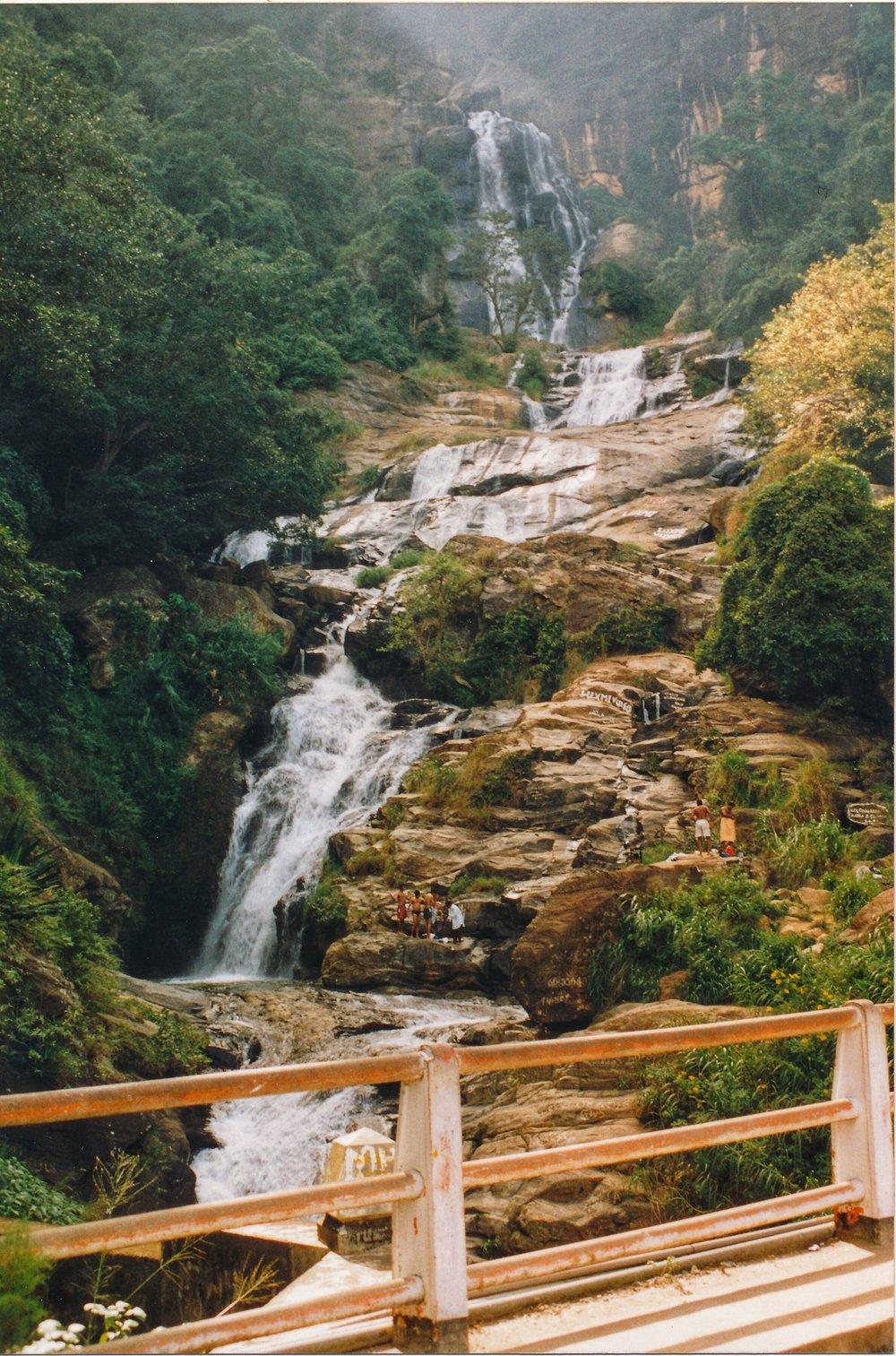 Waterfall near Nuwara Eliya.jpg