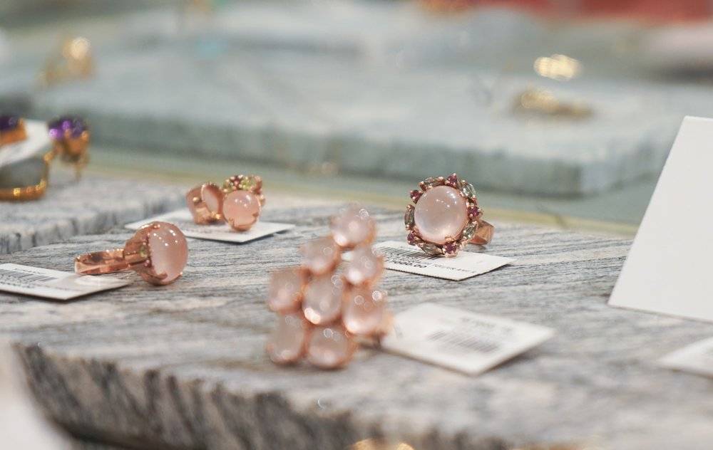 Rose quartz jewellery by Nimanse at The Design Collective in the Colombo 6 Stratford Avenue district