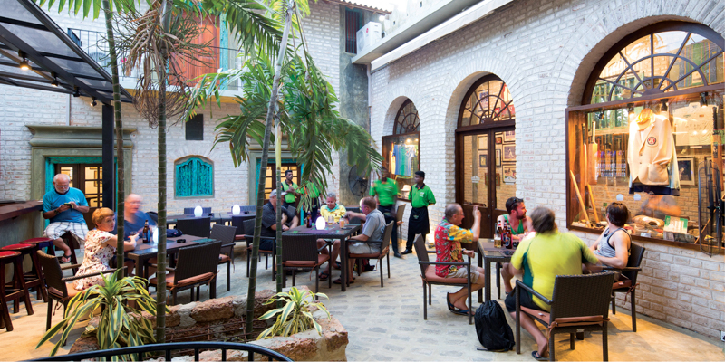 Cricket Club Cafe courtyard. Photo credit: Explore Sri Lanka