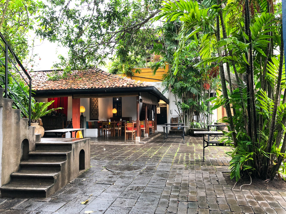 Barefoot cafe and courtyard