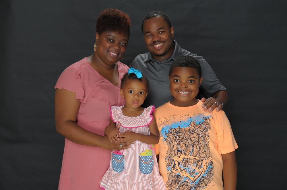Otis family pic.jpg