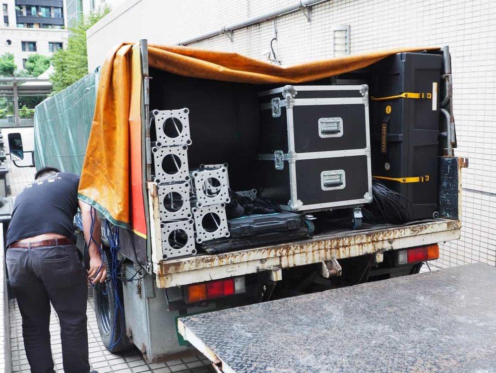 首先進來的是馬哥的燈光音響,滿滿的音響開啟活動滿滿的大平台。