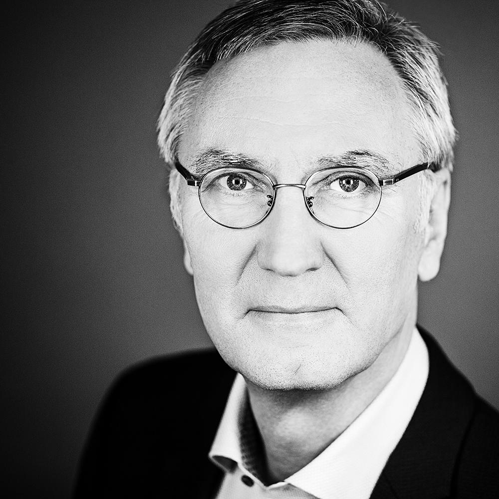 Michael Schulte-Markwort - ist Direktor der Klinik für Kinder- und Jugendpsychatrie an der Uni-Klinik Hamburg und Autor zahlreicher Bücher.