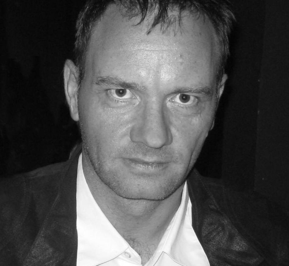 Photo  Helmut Krausser