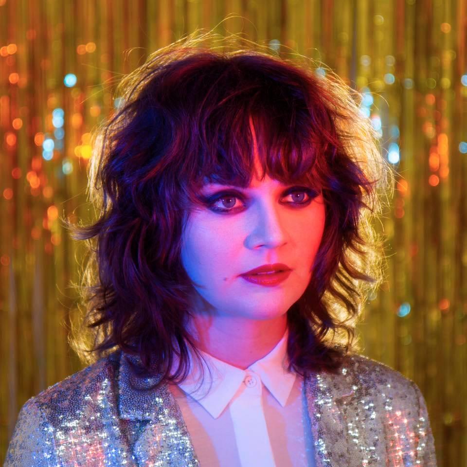 NYC Singer-Songwriter Kate Davis Releases Crushing, Soaring Single