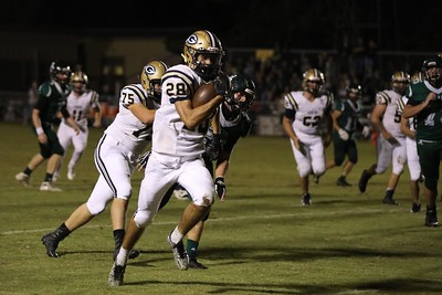 Devon Ahrens runs like the wind in the Homecoming game against Brentwood