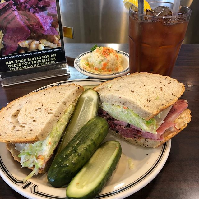 Can't believe I've lived in LA over 30 years and just made it to Langer's Deli. And yes - the #19 lives up to its legendary status! #badjew #badfoodie #walkingandeating