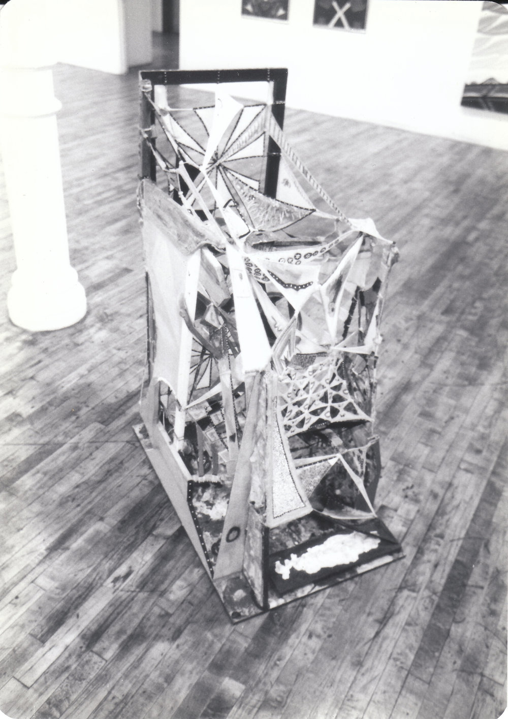 1979-Phyllis Kind Group Show.jpg