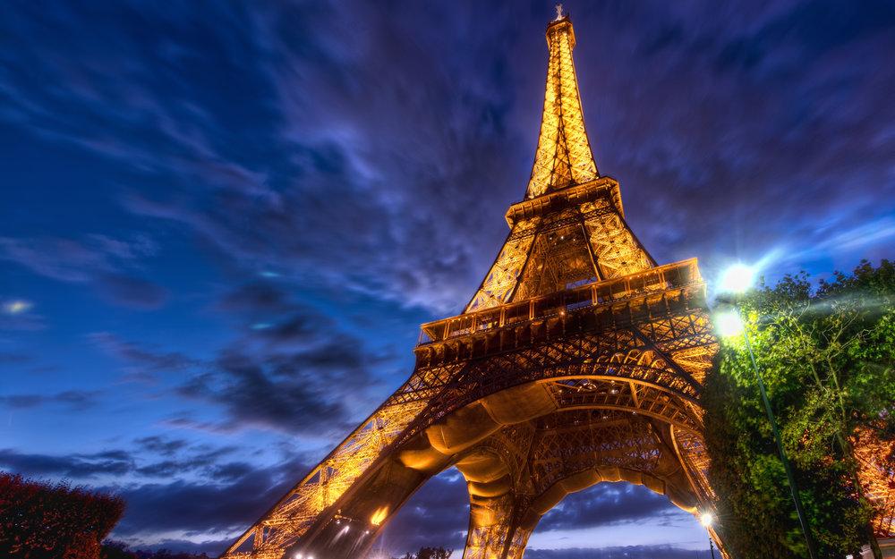 Turnul-Eiffel.jpg