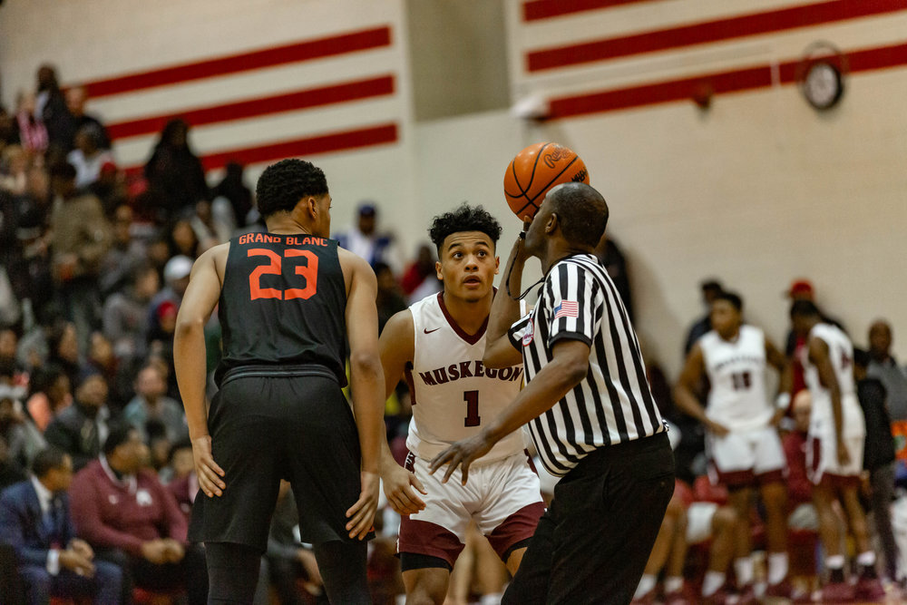 Muskegon vs Grand Blanc - Click to see images.
