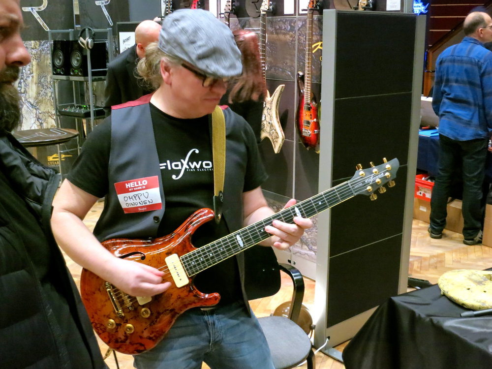 Tonefest 2019 – Flaxwood Guitars.jpg