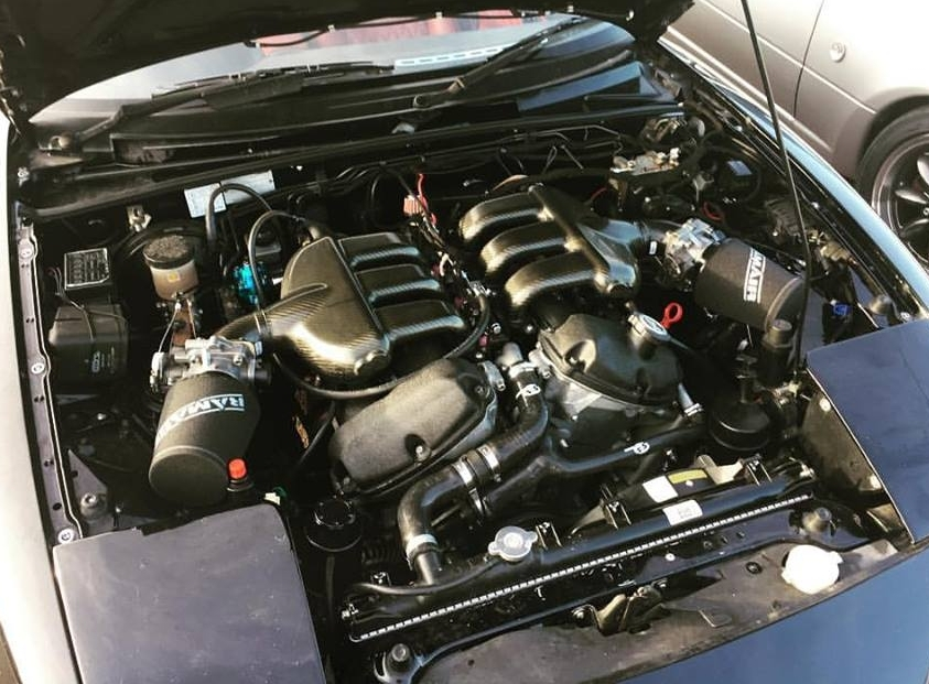 bruces_car_engine_w_aircleaners_crop.jpg