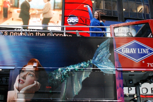 Sierra-Boggess-Little-Mermaid-Broadway-tn-500_pjz_08apr02_tour_bus_121.jpg
