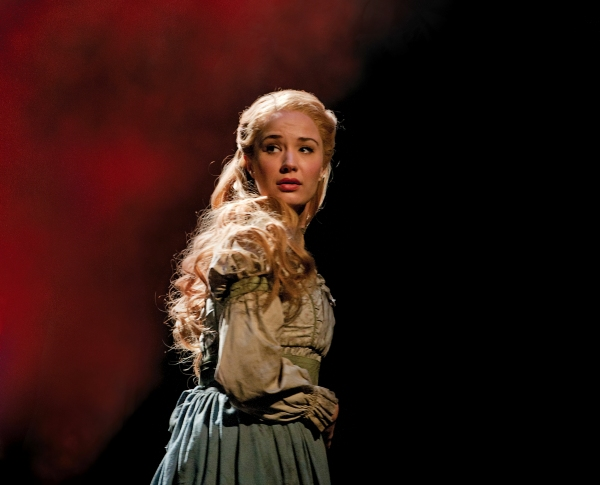 Sierra-Boggess-tn-500_10.jpg
