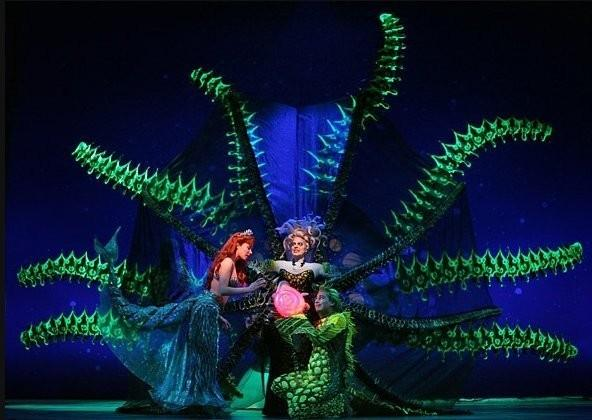 Sierra-Boggess-Little-Mermaid-Broadway-l_d4079d3912da22756d167b5f00473b67.jpg