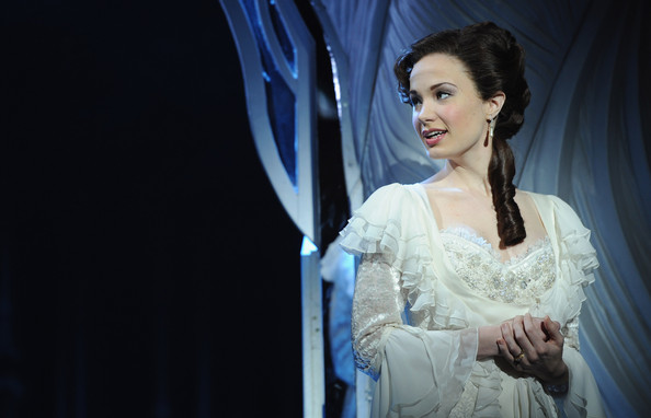 Sierra+Boggess+Love+Never+Dies+Photocall+bmCq_kKRJ_ul.jpg