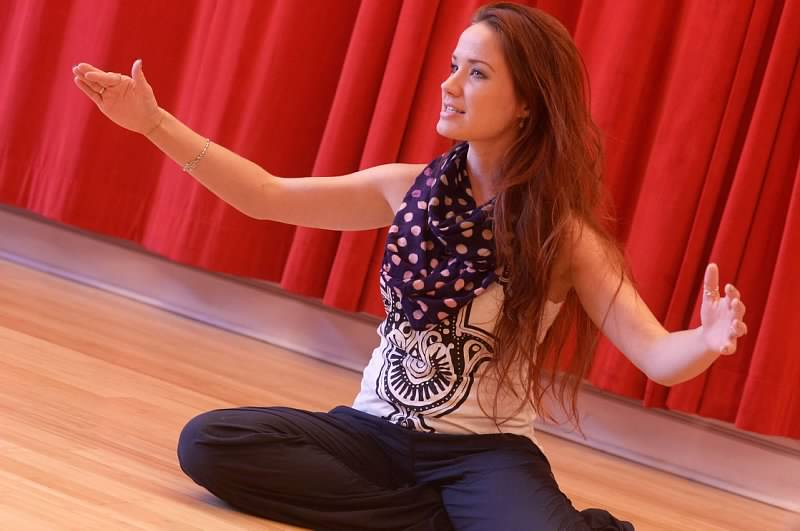 Sierra-Boggess-Teaching-47a3cf24b3127cce9854a73d37be00000035100CaMmjJo0ZMx.jpg