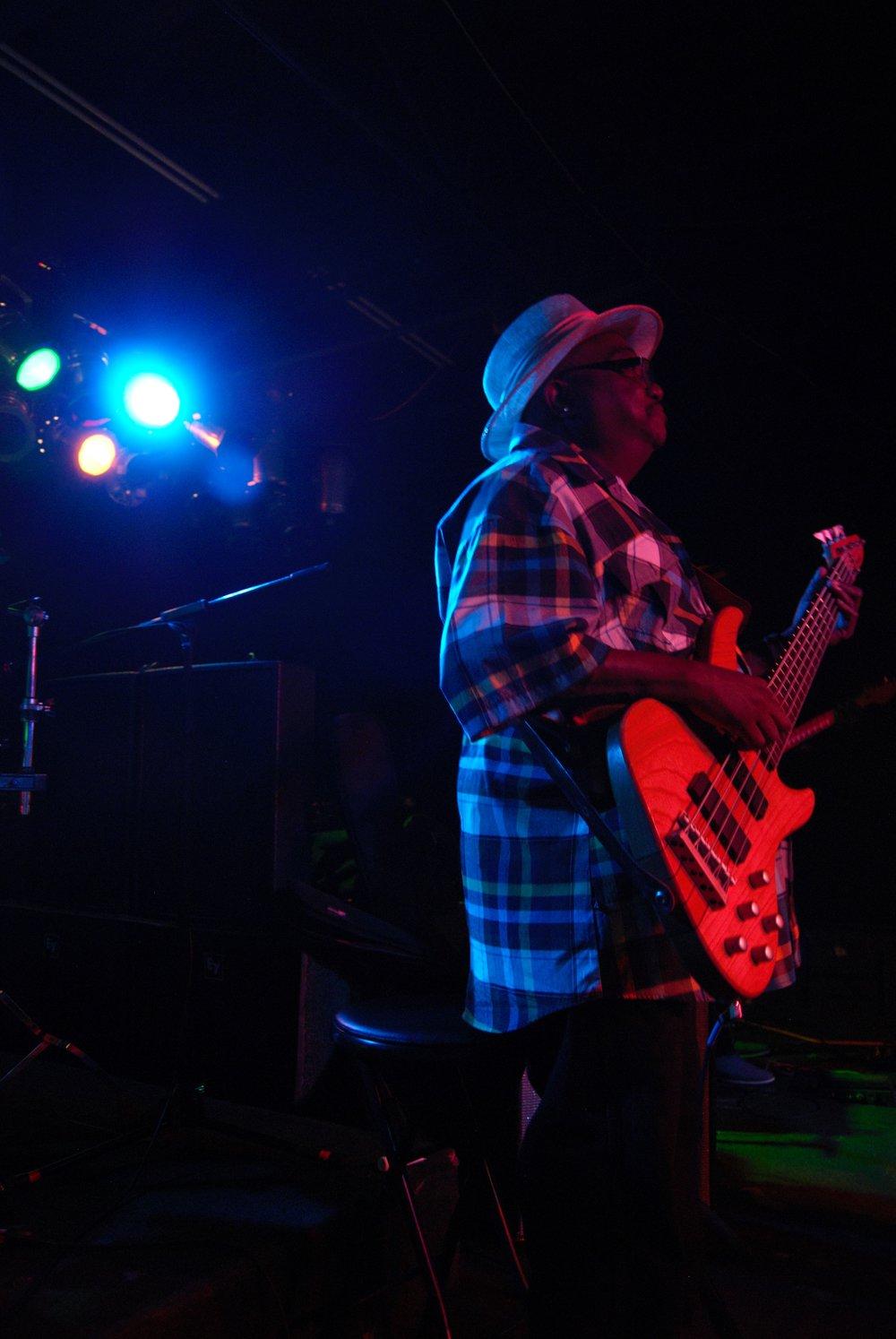 Andre Bass15.jpg