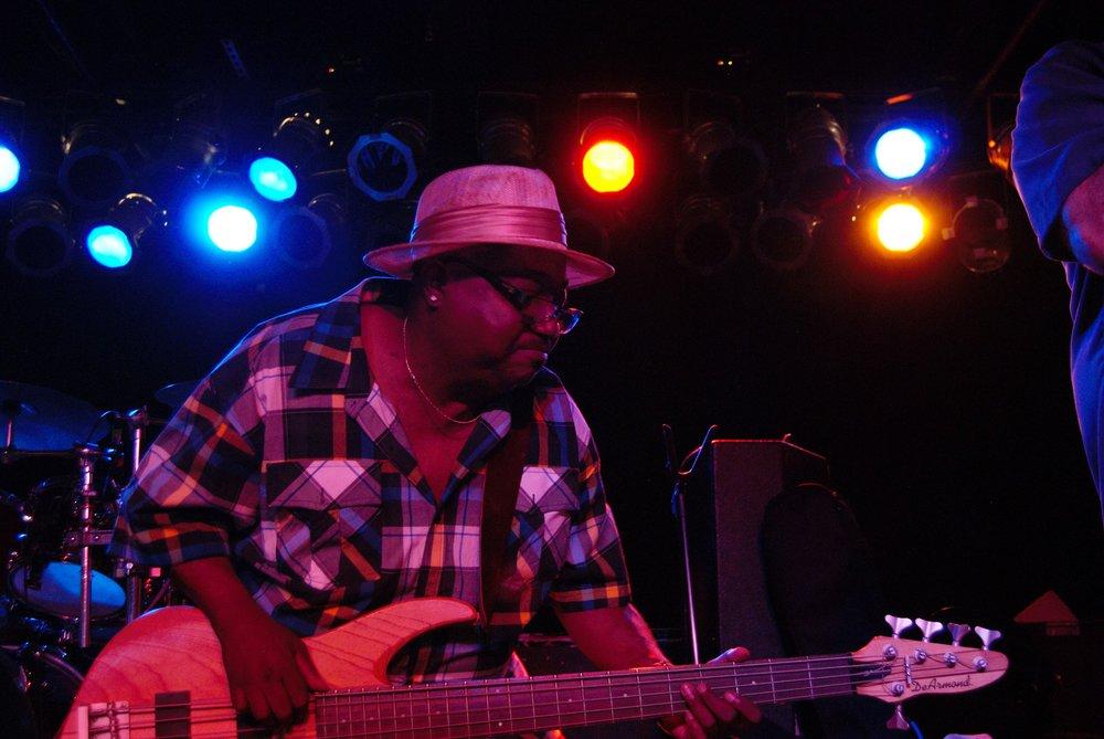 Andre Bass5.jpg