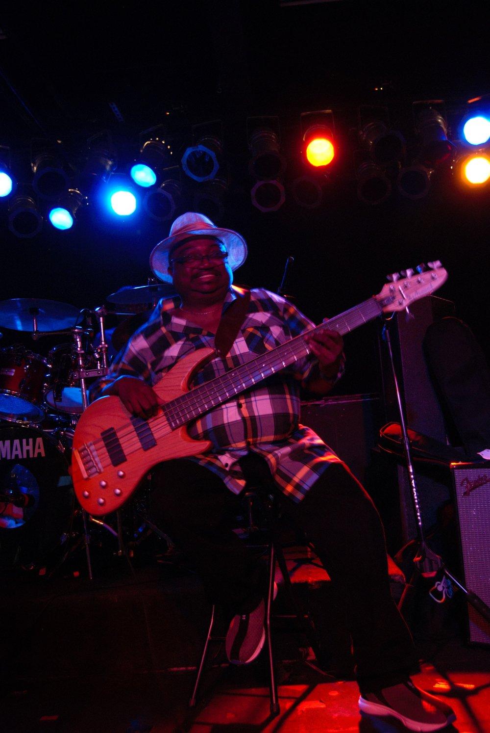 Andre Bass12.jpg