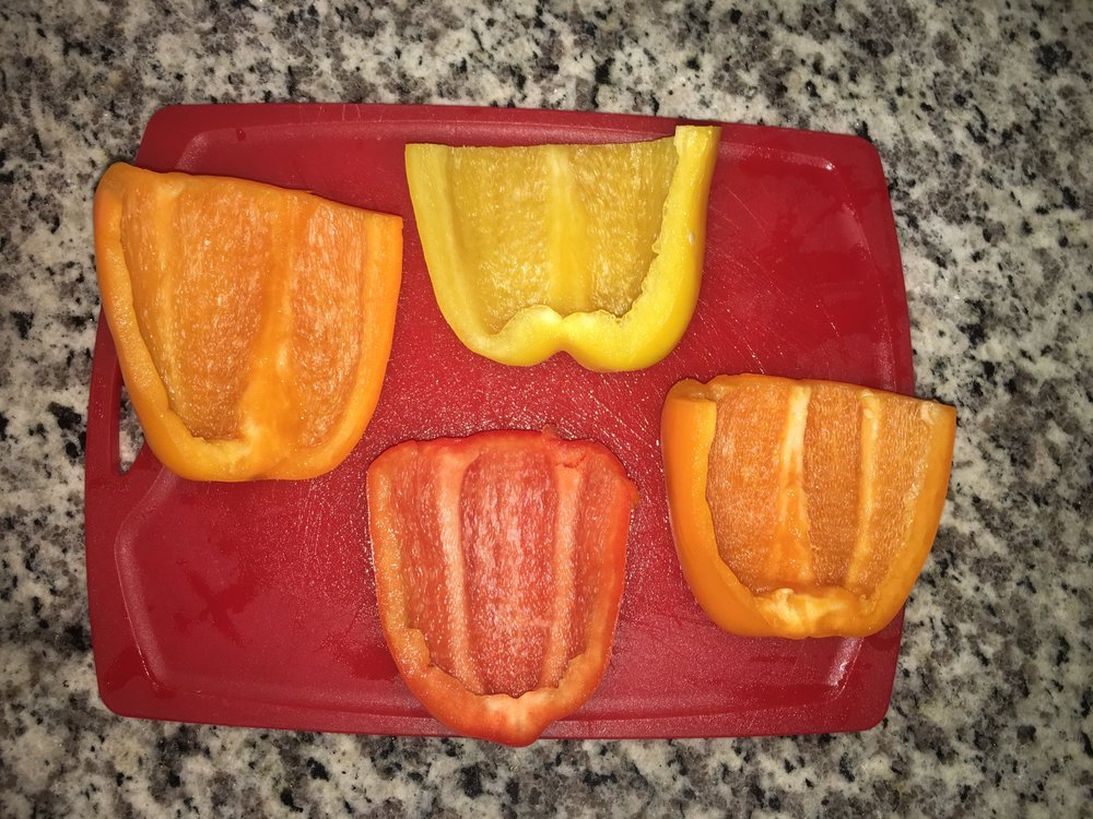 cut up peppers.JPG