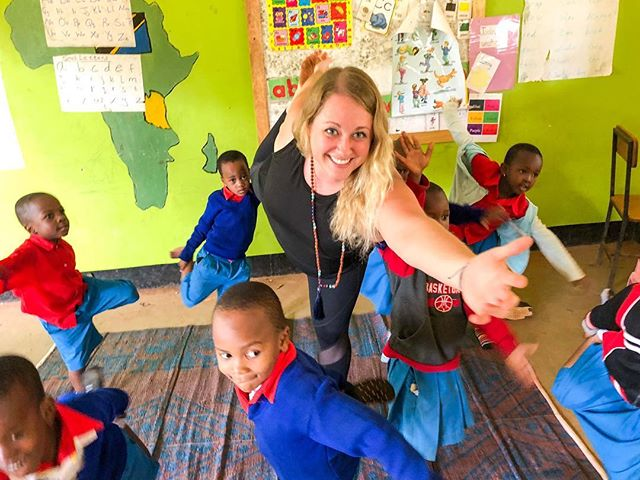 The kids love YOGA, which they shout loudly everyday when it's time to practice! Here is our founder, @bdobbs2 dancing around with our littles in dancer pose. 💙 • • • • #littleyogis #rise #risetochange #tobehealthy #dancerpose #yogaforall #justbreathe #lifeinafrica #tanzania #yoga #kidsyoga #startemyoung #beautifulchaos