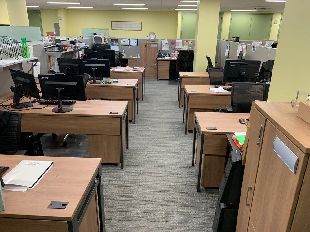 Workstations (middle area).jpg
