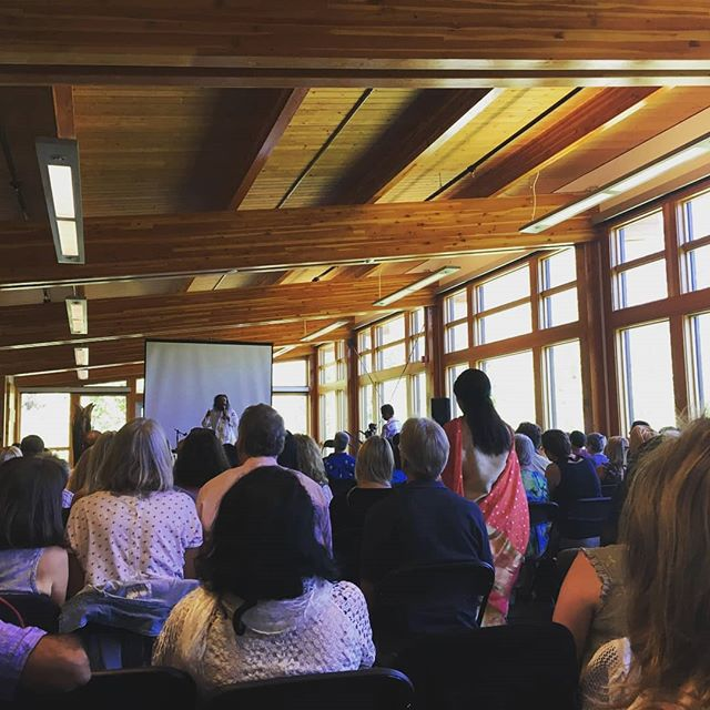 Thank you to @srisriravishankar and all who joined us for yesterday's event in the Y2Y + @whytemuseum Speaker Series, Beyond the Mind in Banff. We had an excellent turn out, and enjoyed sharing nature and mindfulness with you all.