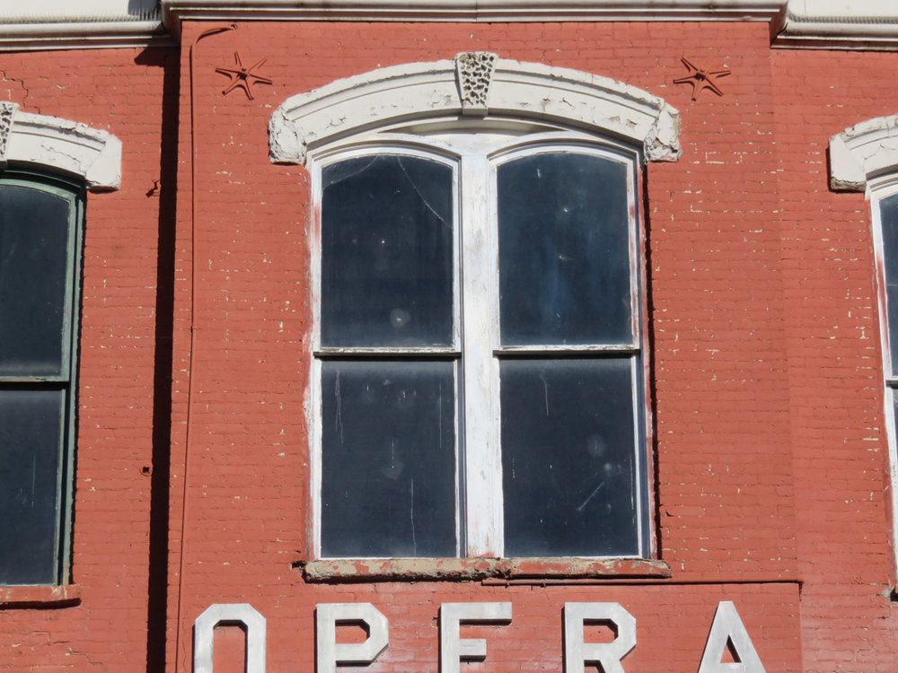 Tabor Opera House window deterioration recent.jpg