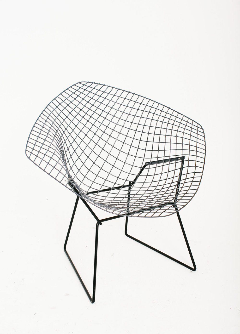 Knoll Bertoia Diamond Gray on Black