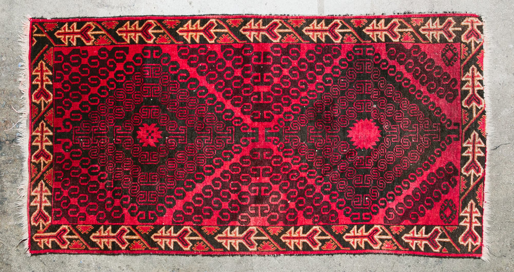 Arrows Large Rug