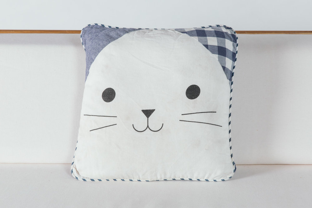Picnic Kitty Pillow