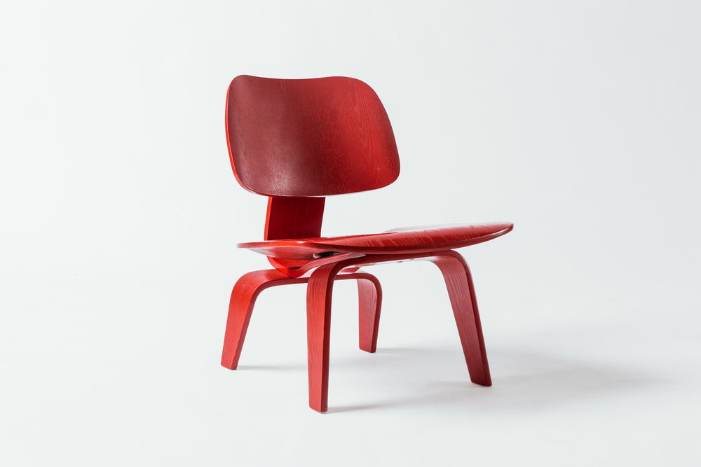 Eames Low LCW Red