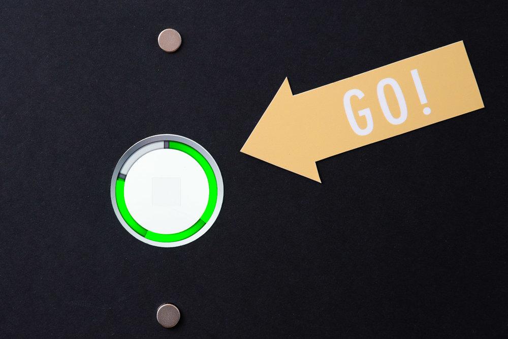 Technik - Durch den Einsatz von Technik der neusten Generation werden die Fotos hochauflösend verzögerungsfrei über einen Touchscreen angezeigt.