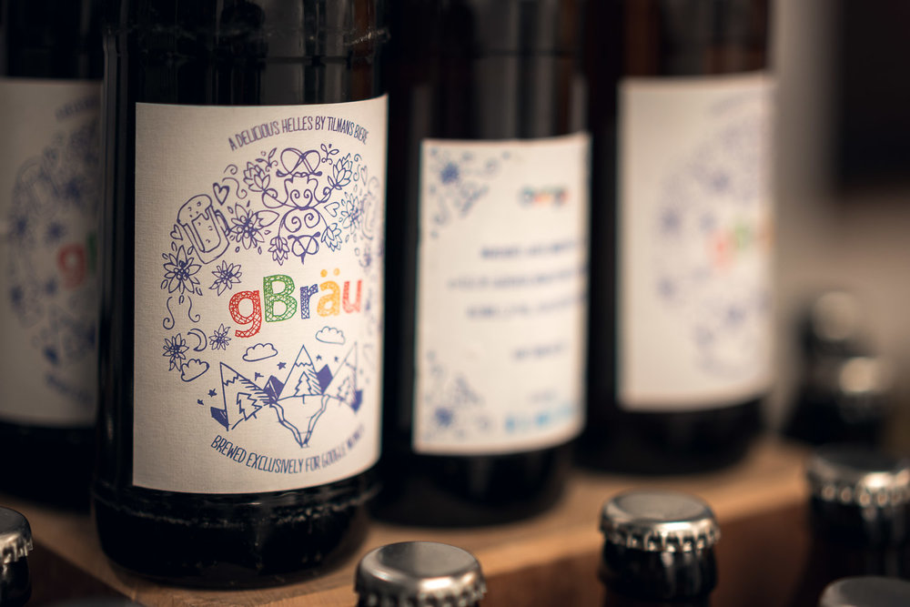 The taste of digital - gBräu - After the sheduled keynote speaks, the participants were surprised with a tasting of Google's beer brand