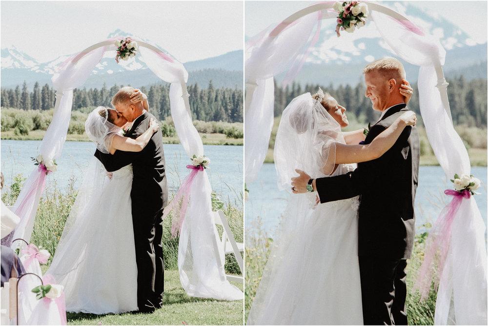 black-butte-ranch-bend-oregon-wedding-photographer-12.jpg