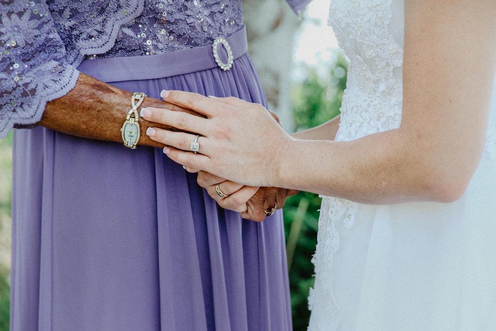black-butte-ranch-bend-oregon-wedding-photographer-0-25.jpg